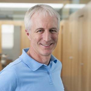 Dr. Peter Burg